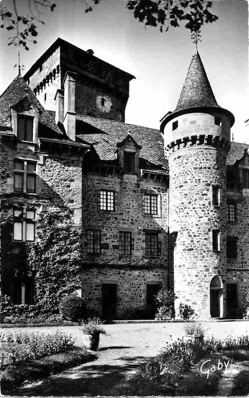 Polminhac Chateau de Pesteils