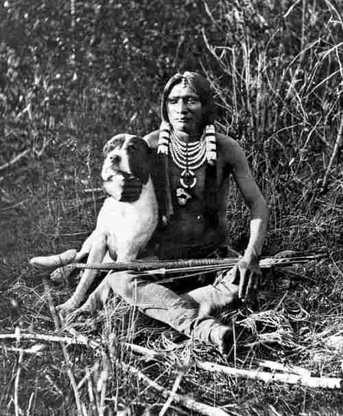 Resultado de imagem para photo anciennes indien et chien