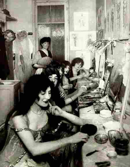 Le Moulin Rouge Dressing Room 1924 Photos Anciennes Et