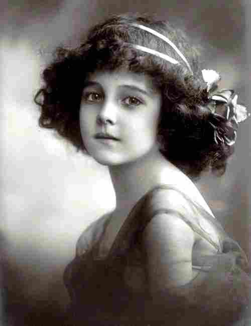 Divers et autres photos anciennes et d 39 autrefois for Femme au foyer 1900