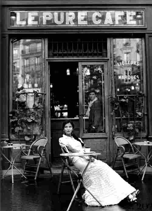 bistrots caf s et tabac parisiens photos anciennes et d 39 autrefois photographies d 39 poque en noir. Black Bedroom Furniture Sets. Home Design Ideas